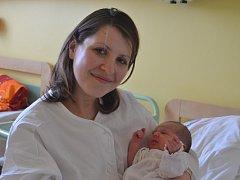 Prvním potomkem maminky Petry a tatínka Milan z Bečvár je dcera. Šarlota Marešová se rozplakala 14. ledna 2015 s výškou 50 centimetrů a váhou 3305 gramů.