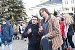 Ze zahájení čtyřdenních vánočních trhů na Karlově náměstí v Kolíně.