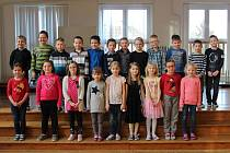 Základní škola ve Velimi: třída 1.A ve školním roce 2019/2020.