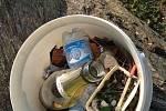 Dobrovolníci ze spolku Kruštík vyčistili Kolín a okolí od odpadků, plastů i černých skládek.
