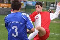 Z divizního fotbalového utkání Velim - Nová Paka (2:3)