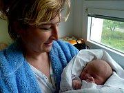 Leontýna Doležalová se narodila 12. června 2012. Po porodu měřila 50 centimetrů a vážila 3670 gramů. S maminkou Pavlínou a tatínkem Petrem odjela za osmnáctiměsíční Pavlínkou do Velkých Výkleků.