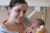 Miriam Staňková se narodila 15. května 2011 s výškou 51 centimetr a váhou 3530 gramů. Maminka Monika Syřínková a tatínek Petr Staněk si dceru odvezli do Lošan.