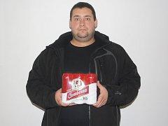 Dvanácté kolo vyhrál Martin Pícha, který získal karton piv značky Gambrinus. Cenu za něj převzal kamarád Miroslav Pros.