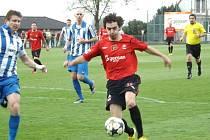 Z utkání Velim - Dobrovice B (0:0).