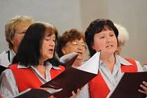 Pěvecké sbory přivítaly Slunovrat již posedmé