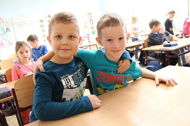 Prvňáčci ze třídy 1.B ze základní školy Velký Osek ve školním roce 2019/2020.