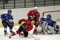 Z utkání druhé hokejové ligy Kolín - Řisuty (2:1).