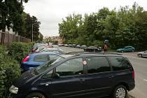 Snaha zaparkovat kolikrát skončí botičkou. Strážníci mohou uložit pokutu až do výše dvou tisíc korun.