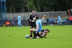 Z fotbalového přátelského utkání Kolín - Podolí (1:2)