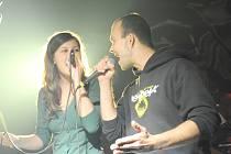 Krédem kapely, která by chtěla vystupovat především na plesech a tancovačkách, je hrát jiné písničky, než všechny ostatní podobné soubory.
