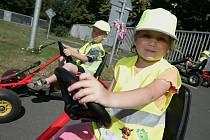 Mateřská škola Bezručova vyrazila na dopravní hřiště