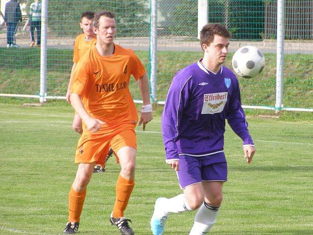 Václav Bellada (vpravo) před příchodem do Radimi hrál za Vykáň.