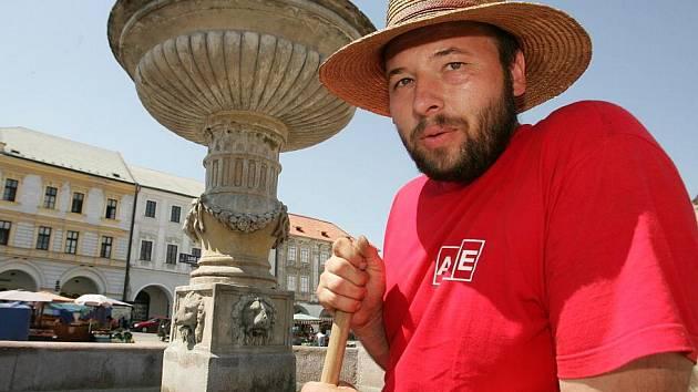 Kašna na kolínském náměstí