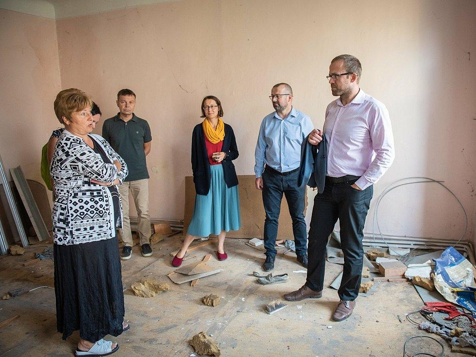 Ze schůzky vedení města s odborníky v rabínském domě v ulici Na Hradbách v Kolíně.