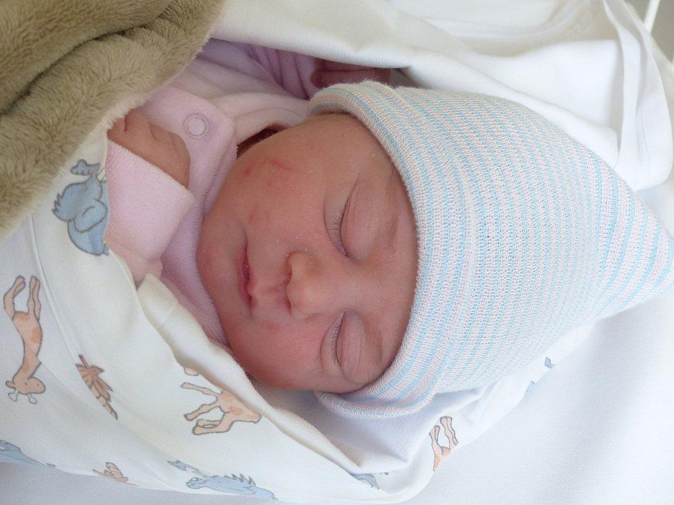 Kateřina Křížková se narodila 18. února 2021 v kolínské porodnici, vážila 3480 g a měřila 49 cm. V Křeseticích ji přivítala sestřička Anna (2) a rodiče Jana a Radek.