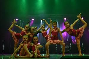 V Městském divadle v Kolíně se druhý lednový víkend hlavně tančilo.