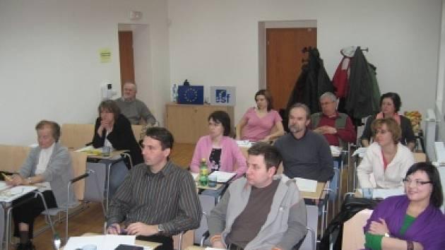 Studenti kurzu se zaměřením na témata spojená s trvale udržitelným rozvojem a rozvojem venkova.
