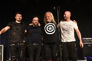 Americkou jižanskou kapelu Hogjaw doprovodil tuzemský Merlin.