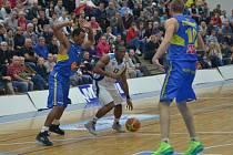 Z utkání BC Farfallino Kolín - Ústí nad Labem (73:83).