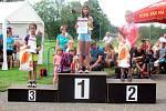 Z vyhlašování výsledků dětských běžeckých závodů ve Veltrubech.