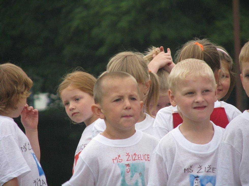 Na atletickém stadionu v Kolíně měřily síly děti z mateřských škol
