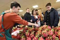 Další africký trh sklidil v Kolíně úspěch. Čerstvé exotické ovoce si nakoupil hojný počet nadšených návštěvníků.