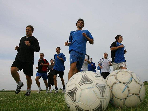 Fotbalisté divizního Českého Brodu zahájili přípravu na novou sezonu.