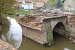Demolice mostu v Klášterní Skalici