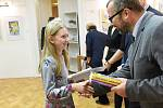 Z vyhlášení výsledků čtrnáctého ročníku literární soutěže Macharovo pero v Městské knihovně v Kolíně.