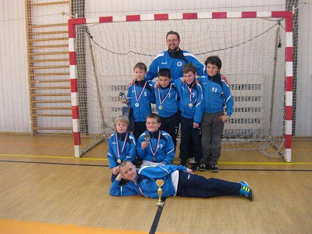 Vítězem turnaje se stal bílý tým.