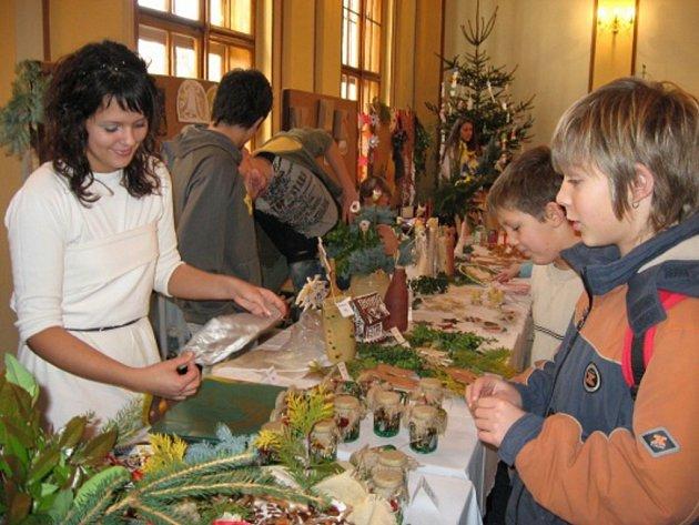 Prodejní vánoční výstava ZŠ M. Šolleho v Kouřimi