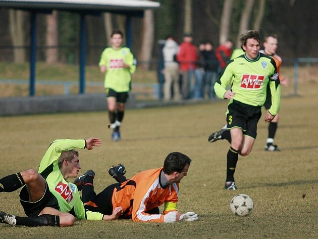 Z přípravného utkání FK Kolín - Čáslav (0:3).