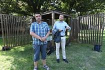 Piáno čeká v Komenského parku