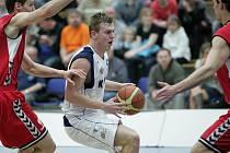 Z utkání BC Kolín - Brno (84:72).