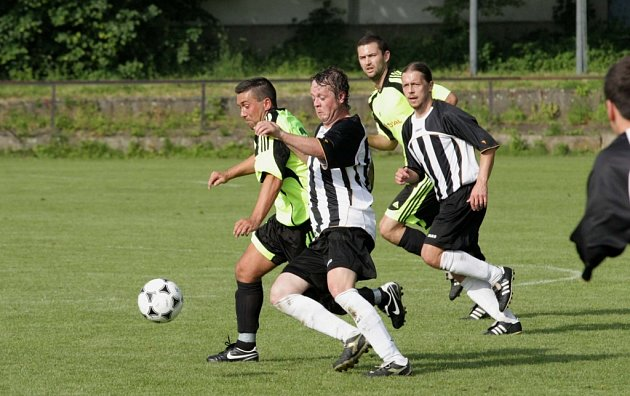 Z utkání Mnichovo Hradiště - Kouřim (3:0).