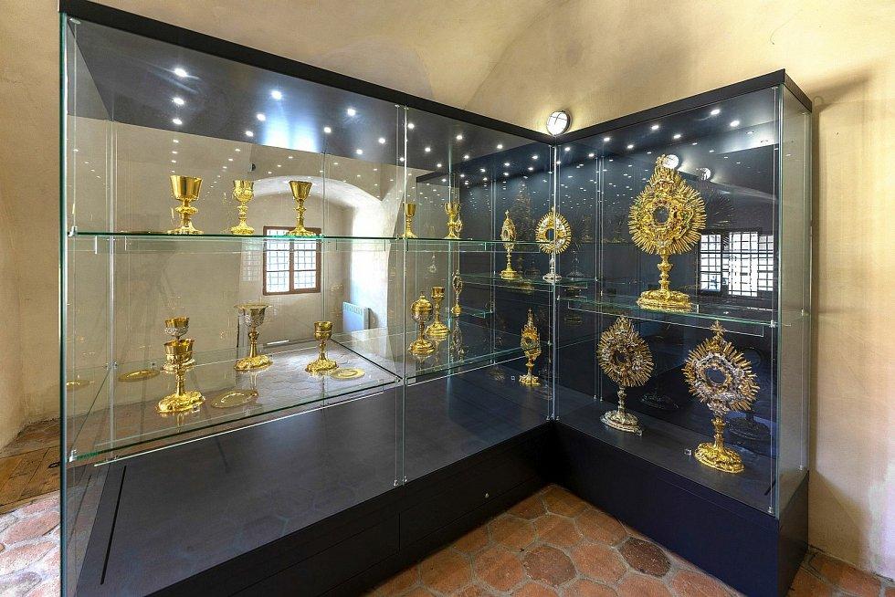 Farní poklad ve zvonici u chrámu sv. Bartoloměje v Kolíně.
