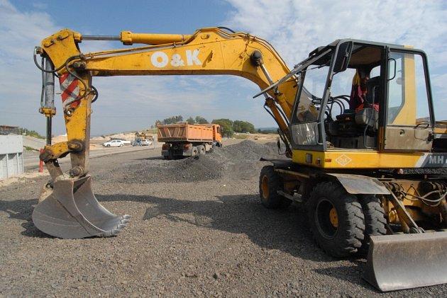 Kolín čekají další opravy silnic, uzavírky a objížďky.