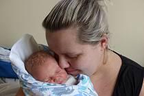 Jonáš Šulc se narodil 21. února 2020 v kolínské porodnici, vážil 3655 g a měřil 51 cm. V Českém Brodě bude bydlet se sestřičkami Sárou (14), Amálkou (10) a rodiči Kateřinou a Jaroslavem.