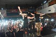 V Městském společenském domě vystoupila kapela Mandrage. Fanoušky naladila čáslavská pop punková kapela Civilní obrana.