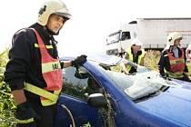 Časté havárie. Při poslední autonehodě u odbočky na Starý Kolín došlo ke střetu kamionu s fabií.