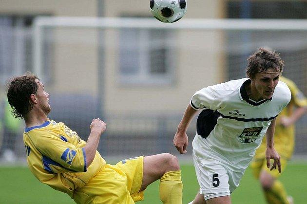 Z utkání FK Kolín - Ovčáry (0:0).