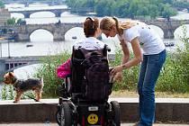 Nadace Jedličkova ústavu slaví 28 let od svého založení. Pomáhá postiženým.