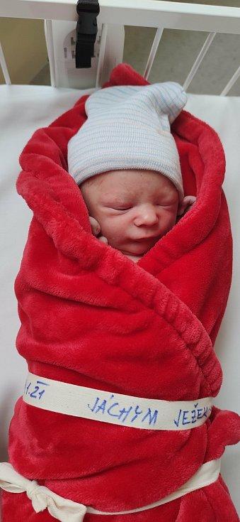 Jáchym Ježek se narodil 28. ledna, vážil 3155 g a měřil 51 cm. Do Kolína si ho odvezli rodiče Vratislav Ježek a Žaneta Bourková