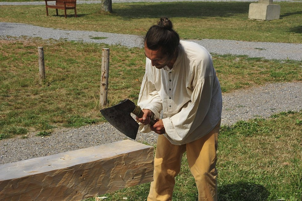 Sobota s vůní dřeva v kouřimském skanzenu