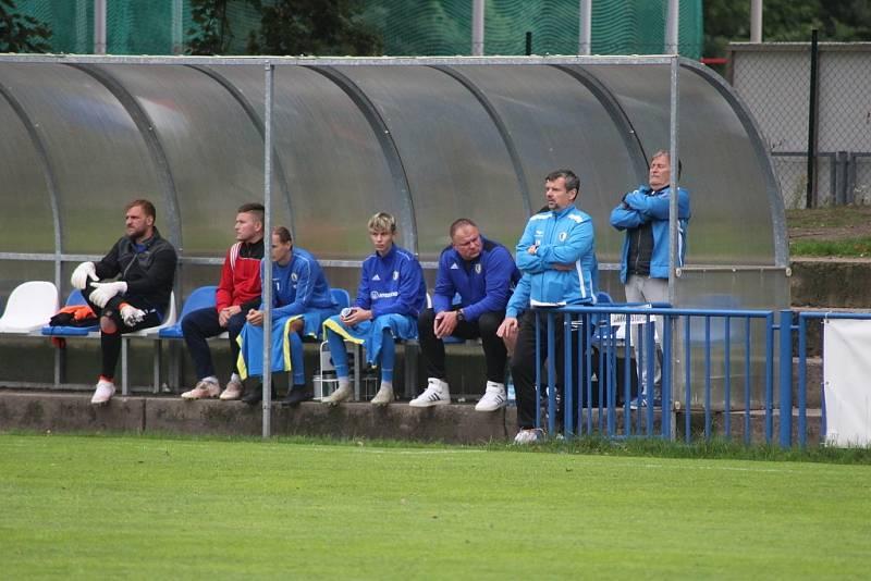 Z divizního fotbalového utkání Kolín - Horky n. J.