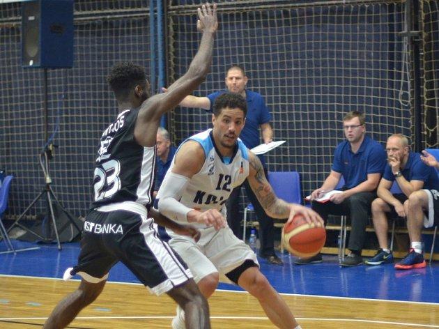 Z utkání BC Geosan Kolín - Nymburk (79:83).