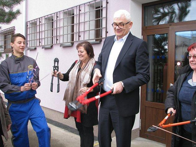 Slavnostní otevření rekonstruovaných budov Středního odborného učiliště stavebního Kolín