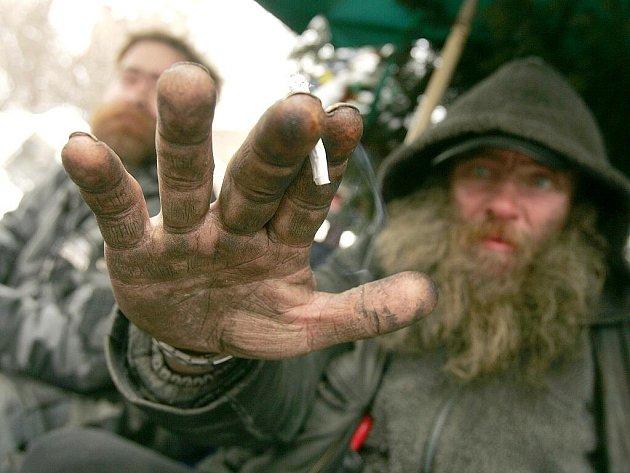 Kolínští bezdomovci Pavel a Láďa