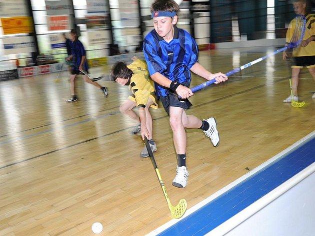 Sportovní dny: floorbal